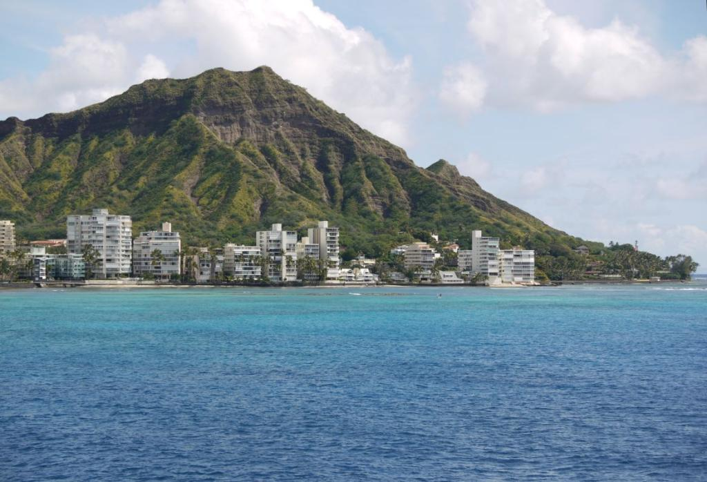 Diamond Head view from Sea